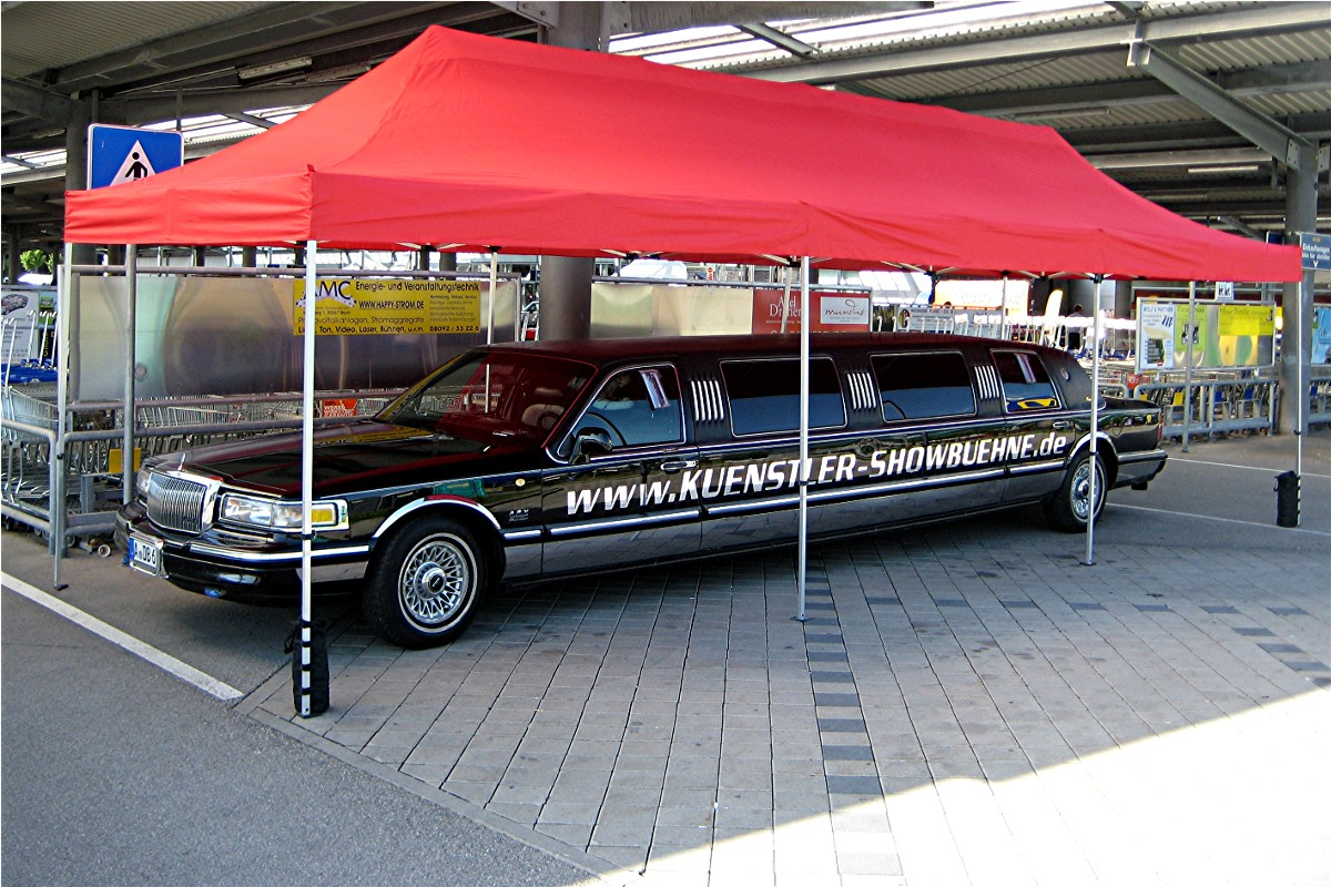 Show Stretchlimousine Lincoln Towncar